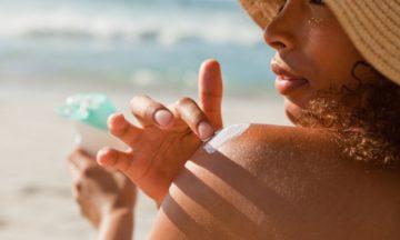 woman-suncreen