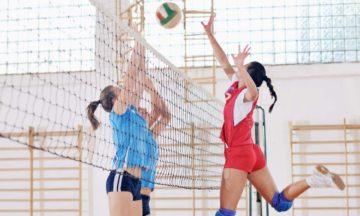 Voor vrouwen menstruatieklachten volleyballende vrouwen