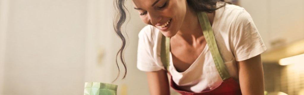 Vrouw-in-keuken